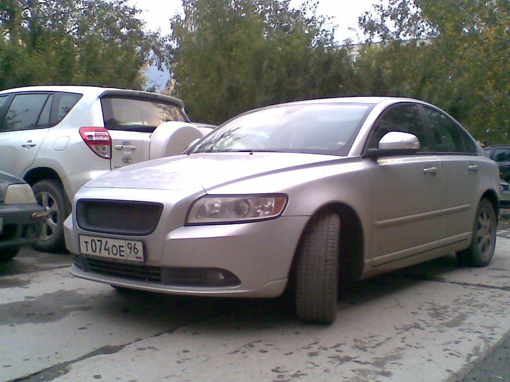 volvo s40 1.6 2008 обзор