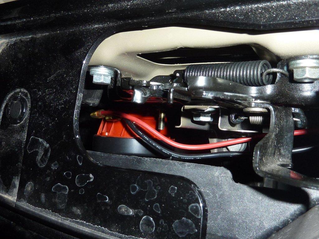 лампочка уровня тормозной жидкости на nissan note