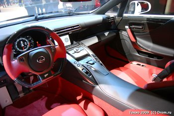 Lexus LFA. Интерьер