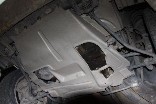 Как производится в моторе Audi замена масла и что