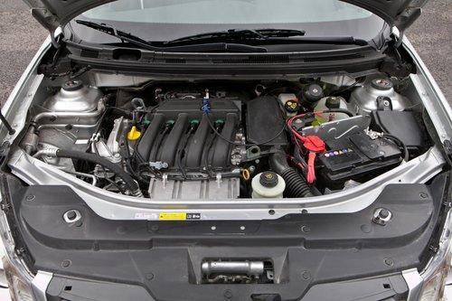 Мотор Almera вял на «низах», но после 3000 об/мин едет для своей мощности неплохо. Двигатель Besturn в этом плане — его полный аналог.