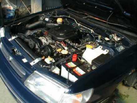 Subaru Legacy (EJ18).