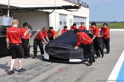Создатели FIA GT1 Nissan GT-R.