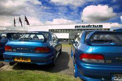 Англичане-владельцы  P1 на сборе по случаю годовщины автомобиля.