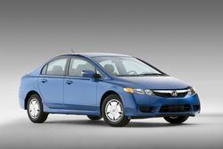 Honda Civic Hybrid, 5,6 литра на 100 км