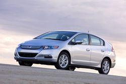 Новый Honda Insight, 5,7 литра на 100 км
