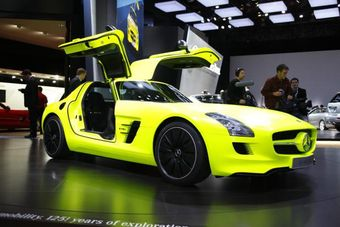 Cобственный проект электрического суперкара от AMG - Mercedes-Benz SLS AMG E-Cell.