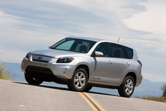 Проект электрокара Toyota RAV4 завершен. Названы характеристики и цены