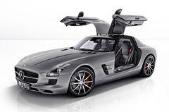 Mercedes-Benz SLS AMG GT в кузове купе