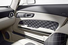 Интерьер Mercedes-Benz SLS AMG GT Roadster