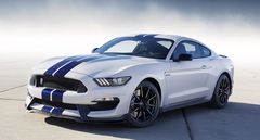 ������� � Ford Mustang