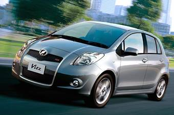 По данным AutoGalleryNet лидером января стал автомобиль Toyota Vitz.