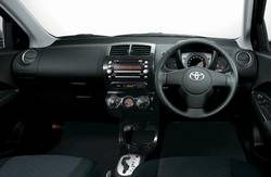 Новое поколение Toyota ist.