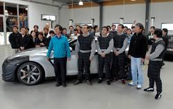 Команда разработчиков Nissan GT-R.