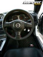 Nissan Skyline R34 GT-R. Рулевое колесо.