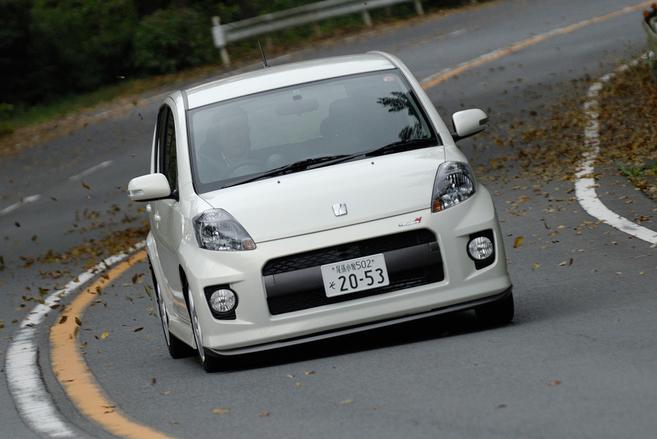 Что лучше легкий Toyota Passo Trd или турбированный