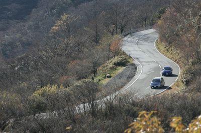 Honda Fit RS vs Mazda Demio Sport.