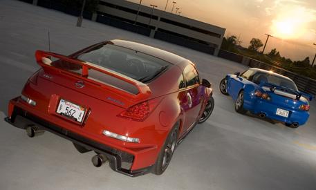 Сравнительный тест: Honda S2000 CR против Nissan 350Z Nismo.