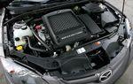 Самый мощный в группе: в Mazda установлен 4-цилиндровый рядный двигатель объемом 2,3 л с турбонаддувом мощностью 263 л.с. и крутящим моментом равным 379,6 Нм.