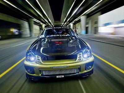 Subaru Impreza WRX. Вид спереди.