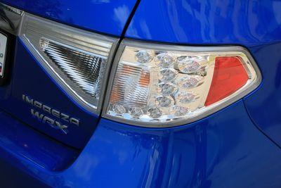 Задний светодиодный комбинированный стоп-сигнал Subaru Impreza WRX.