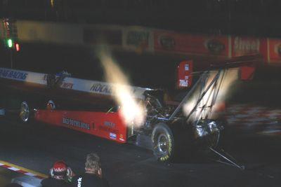 ��� �������� ���������� Top Fuel � ������ ����� ����� (Night Show).