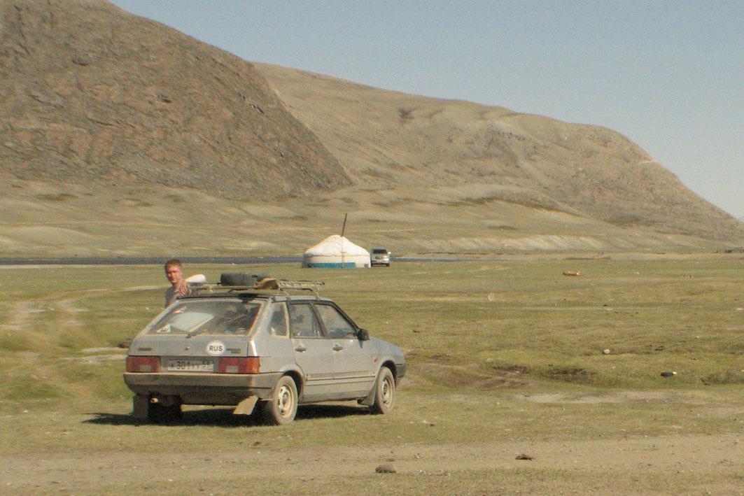 в монголию на машине на рыбалку
