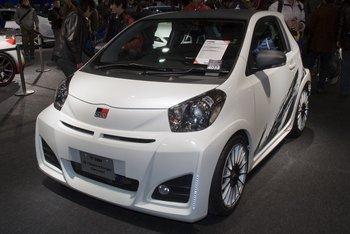 Toyota iQ от  Gazoo Racing