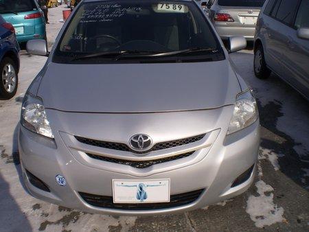 Toyota Belta (�����������, �����)
