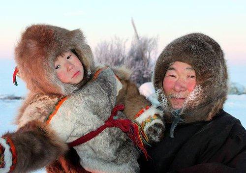 Мы увидели зимники такими.  Зимник Каргасок-Стрежевой (Томская область).  Широкая.
