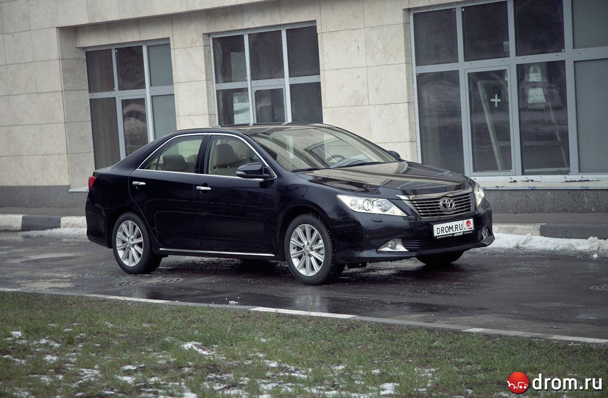 Обзор новогопоколения ToyotaCamry отDrom.ru. Неизменяя принципам