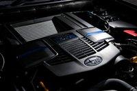 Новое поколение двигателя Boxer с прямым впрыском оснащено нагнетателем Twin Scroll Turbo, обладающим превосходной отзывчивостью. Максимальная выходная мощность достигает 300 л.с., в то время как максимальный крутящий момент в 400 Нм достигается в широком диапазоне 2000-4800 об/мин.
