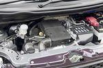 Двигатель автомобиля Cervo с одной стороны очень похож на мотор, который стоит на вооружении модельного ряда Wagon R (RR-DI). Оба они «турбо», и в обоих случаях топливо впрыскивается непосредственно в цилиндры. С другой стороны, в моторе SR давление впрыска может плавно изменяться, в то время как в моторе RR-DI топливо подается в цилиндры под неизменным давлением. В результате двигатель стал расходовать меньше горючего при работе с повышенной нагрузкой. Лучше стал справляться со своими обязанностями и катализатор отработанных газов, поэтому выхлоп у Cervo SR чище. Капот и поперечная стенка передка получили дополнительную звуковую изоляцию.