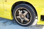 17-дюймовые легкосплавные диски GTA золотистого цвета отлично гармонируют с новым цветом кузова
