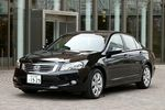 В более чем 150-ти странах мира (без Европы) этот автомобиль называют Honda Accord, а конкурирует он с такими японскими моделями, как Toyota Camry и Nissan Altima. Кстати говоря, тот Accord, который должен появиться на внутреннем японском рынке осенью, в Северной Америке проходит под названием Acura TSX. Новый Honda Inspire будет в основном продаваться в Северной Америке, причем планируется, что за год уйдет порядка 400 тысяч таких машин. Что касается внутреннего японского рынка, то тут планы значительно скромнее — 500 единиц в месяц.