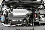 На снимке мотор Inspire нового поколения с переменными числом работающих цилиндров (система VCM). Эта система, судя по всему, отныне будет активно использоваться во всех 6-цилиндровых V-образных двигателях компании.