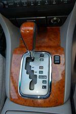 Четырехступенчатый «автомат» неплохо обращается с крутящим моментом, однако он чуть медленней и менее логичней коробки Nissan.