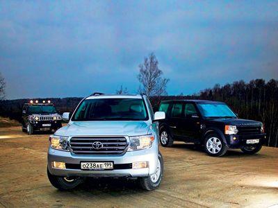 Сравнительный тест внедорожников Hummer H2, Land Rover Discovery 3 и Toyota Land Cruiser 200.