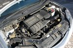 Отличительная особенность двигателя Demio — превосходная тяга на низких оборотах. Для маздовских установок это уже становится традицией. И звучит моторчик неплохо, во всяком случае, не раздражающе.