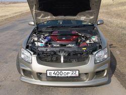 Двигательный отсек Nissan Stagea.