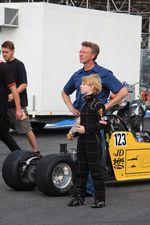 Подрастающее поколение пилотов дрэгстеров. Пока только класс Junior dragster и всего 201 метр трассы.