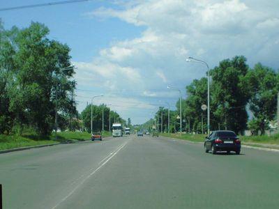 Дорога Днепропетровск – Донец. Зеленоватый асфальт.