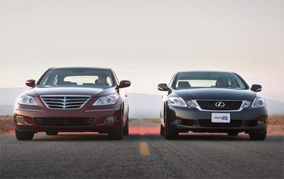 Hyundai Genesis выглядит массивнее Lexus GS 350, потому что он больше: на 5,5 см выше и на 6,8 см шире.
