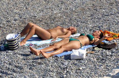 Девушки на пляже. Фото самых 1