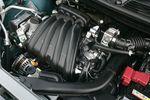 Cube оснащается высокоэффективным двигателем HR15DE и трансмиссией с адаптивным алгоритмом выбора передач. Расход топлива — литр на 17,4км (против 15,6км для прошлого поколения).