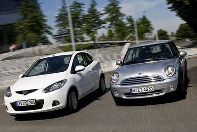 Сравнение двух малолитражных автомобилей мощностью 100 л.с.