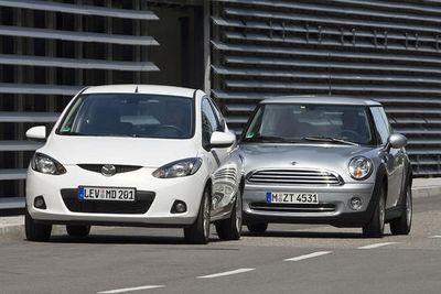 Став значительно легче своих предшественников, новая Mazda2 с живым управлением вызывает восхищение.