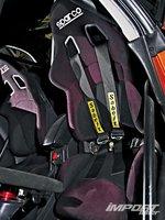 Subaru Impreza WRX, спортивные сидения Sparco