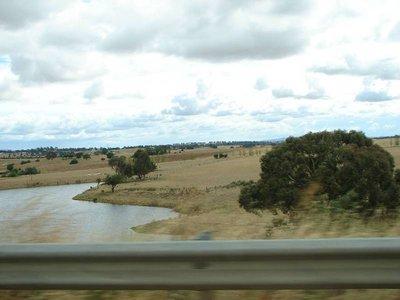 Путешествие из Мельбурна в Сидней и Канберру или 2 000 км австралийских дорог на Toyota Yaris.