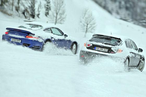 Снежный король в дисциплине «динамика»: за лучший дрифт и уверенное сцепление с дорогой мы присваиваем самые высокие баллы.